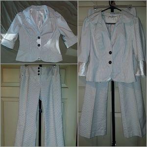 N.W.O.T! Women's Two Piece Pin Stripe GUESS Suit!